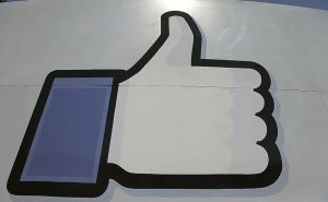 Facebook-Payments2014940-940x580-300x185
